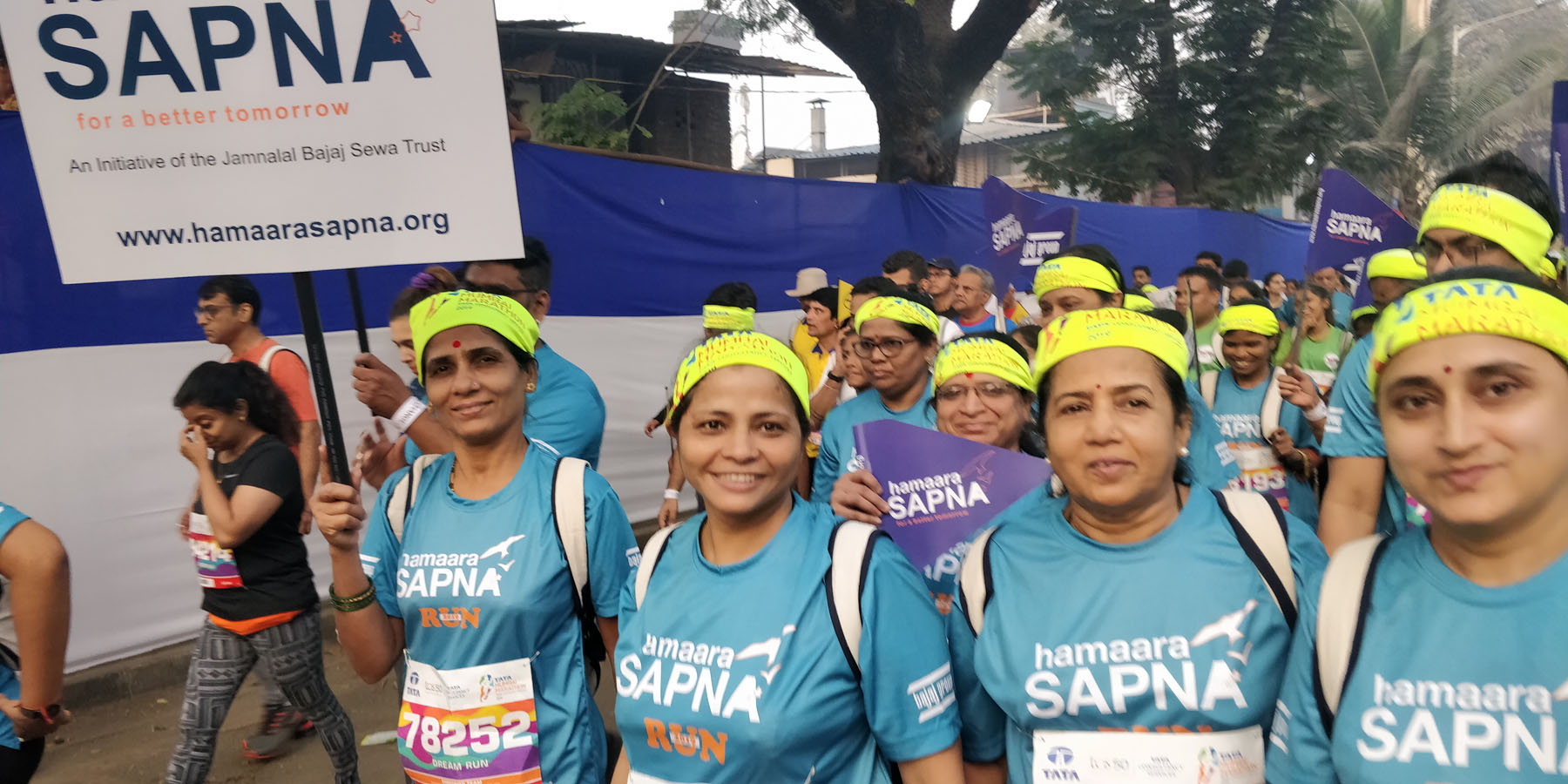 Project Director, Staff and beneficiaries of Hamaara Sapna doing the dream run. Happy hearts and smiling faces