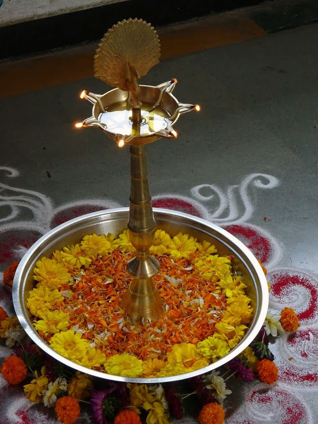 The Samay and flowers decorating the thali (February, 2017)