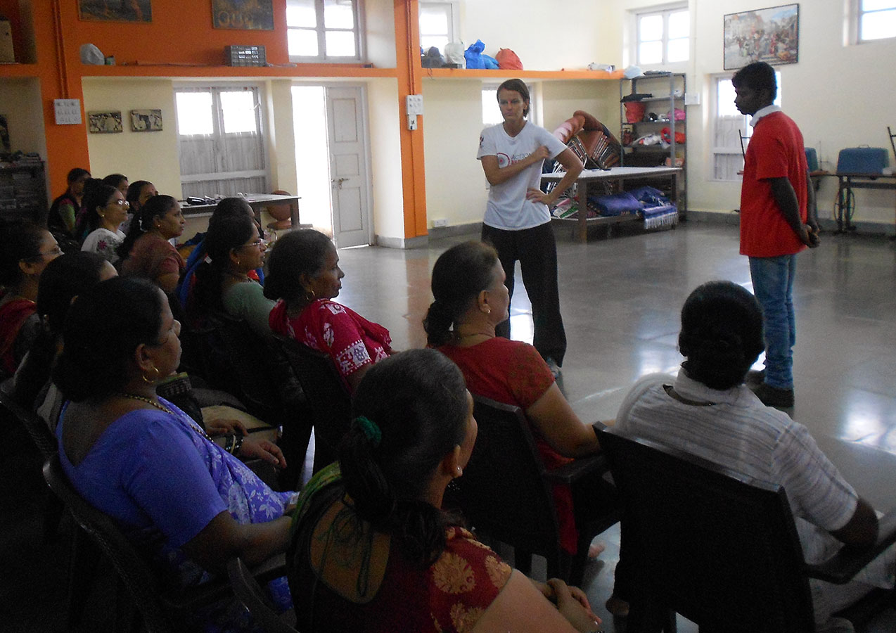 Well known defence expert, Debi Steven, conducting an interesting session on Self Defence (April, 2014)